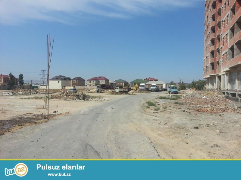 Mehdiabadda girişdə əsas yol üstündə sol tərəfdə yeni tikilən binanın tam yanında 27 sot torpaq sahəmi təcili satıram...