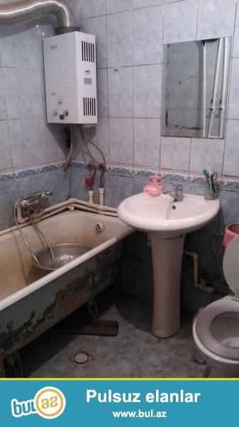Neftçilər metrosunun çıxışındakı 1ci binada 2otaqlı ev kirayə verilir ...