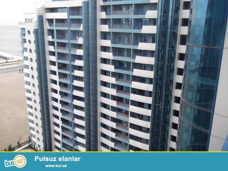 """В центре города около нового Бульвара в жилом комплексе """"Eni Hayyat"""", в элитной новостройке продается 5-ти комнатная переделанная в 4-х комнатную квартиру с Купчей..."""