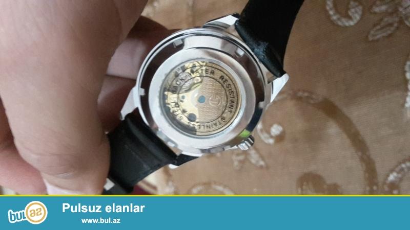 Salam. mexanika saat satiram Tecili. Saatdan anlayisi olanlar biler mexanika saatin qiymetini...