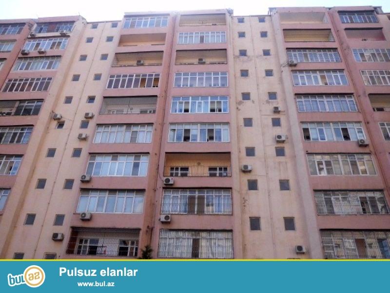 Продается 4-х комнатная квартира переделанная в 3-х комнатную, недалеко от метро Нариманова, по улице А...