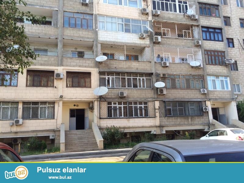 Cдается 3-х комнатная квартира в центре города, в Хатаинском районе, рядом с метро Хатаи...