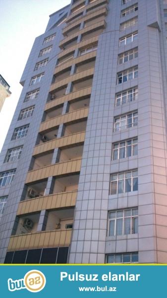 Новостройка! Cдается 3-х комнатная квартира в центре города, в Ясамальском районе, по улице Гуткашенли, за Таможенным Комитетом...
