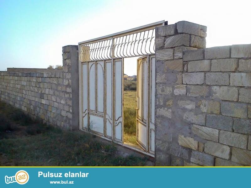 Təcili.<br /> <br /> «Ləhic bağları» yaşayış massivində hasara alınmış 10 sot torpaq satılır...