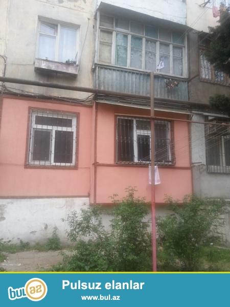 Cдается 4-х комнатная квартира в центре города, в Насиминском районе, рядом с метро Мемар Аджеми 1/5...