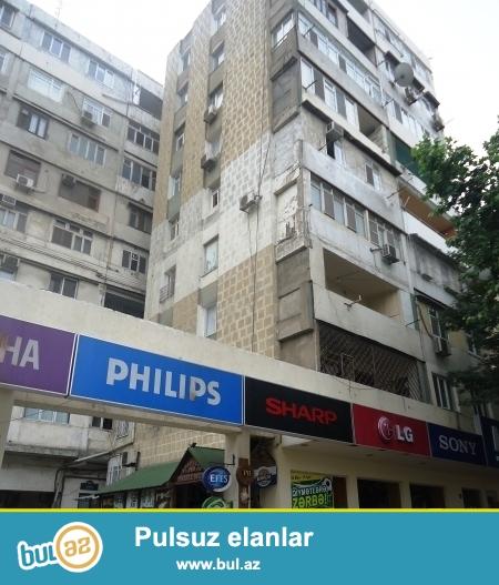 Cдается 3-х комнатная квартира в центре города, в Насиминском районе, на пересечении улиц Азадлыг и Г...