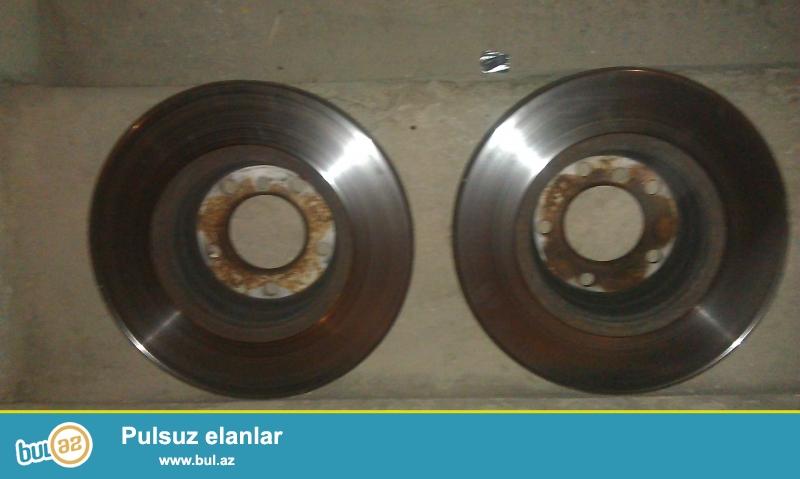 ustanin sehvi neticesinde deyismis oldugum qabaq cut opornu disklerimi satiram<br /> original islenmis opornu disklerdir<br /> <br /> cutunu 100 azn  e satiram