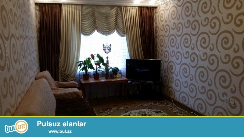 Ukrayna dairesinde,  Ehmedli ve H.Aslanov metrolarina yaxin 3 otaqli super temirli menzil...