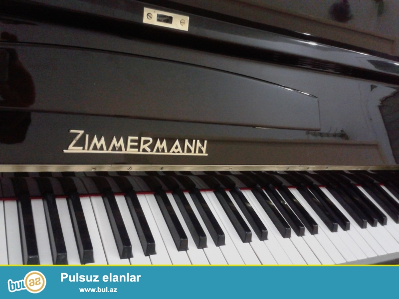 Almaniya istehsaı kiçik ölçülü ve çox gözel modelde ZİMMERMANN pianosu satılır...
