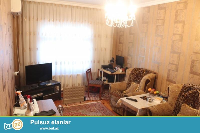 DƏYƏRİNDƏN AŞAĞI!!! Yasamal rayonu, Yeni Yasamal qəsəbəsi, 77 nömrəli avtobusun sonunda 4/9 ümumi sahəsi 50 kv...
