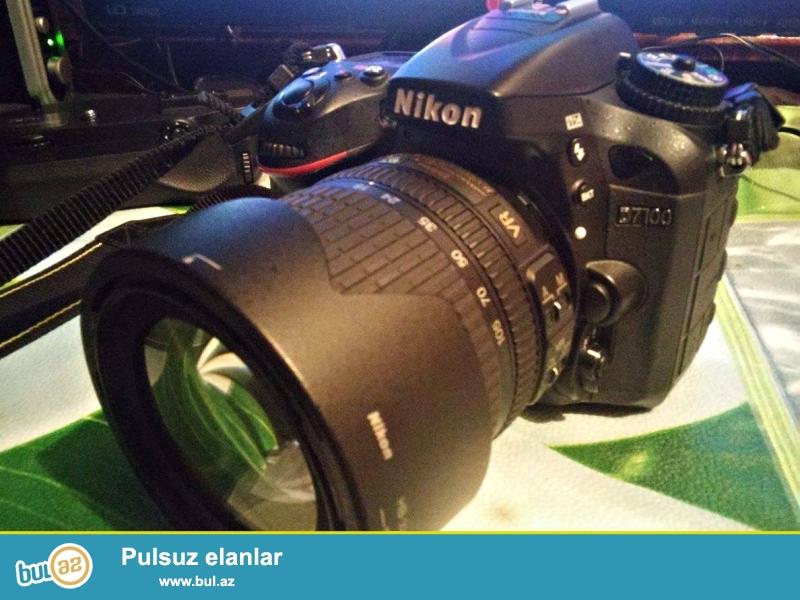 Nikon D7100+18-105mm (6-7min pr)<br /> Usdunde Verilir:Grip+4gb kart<br /> Zemanet+karopka senedler<br /> Aparat yenidir teze kimi qalib <br /> az ve seliqeli islenib hec bir <br /> prablemi yoxdu.