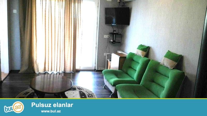 Cдается 2-х комнатная квартира в центре города, в Наримановском районе, рядом с метро Нариманова...