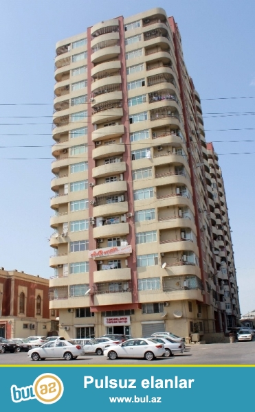 Продается 4-х комнатная квартира, вблизи метро Нариманова, по улице Ага Нейматулла, заселенная новостройка, 10/16, общая площадь 173 кв...