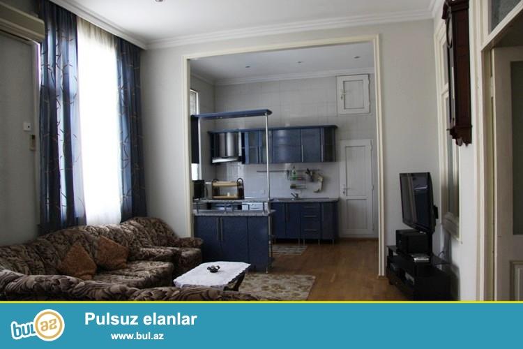 Сдается 4-х комнатная квартира в центре города, в Сабаильском районе, по улице Ю...