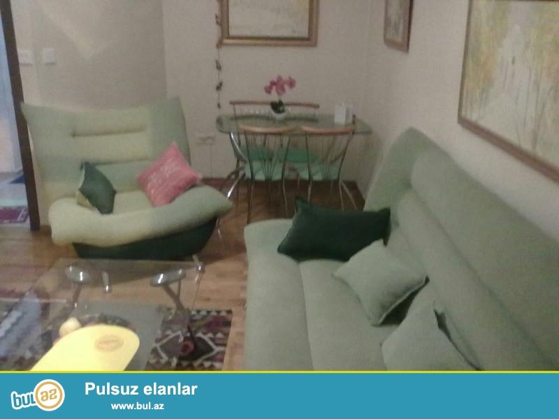 Cдается 3-х комнатная квартира в центре города, в Сабаильском районе, по улице Низами (Торговая)...