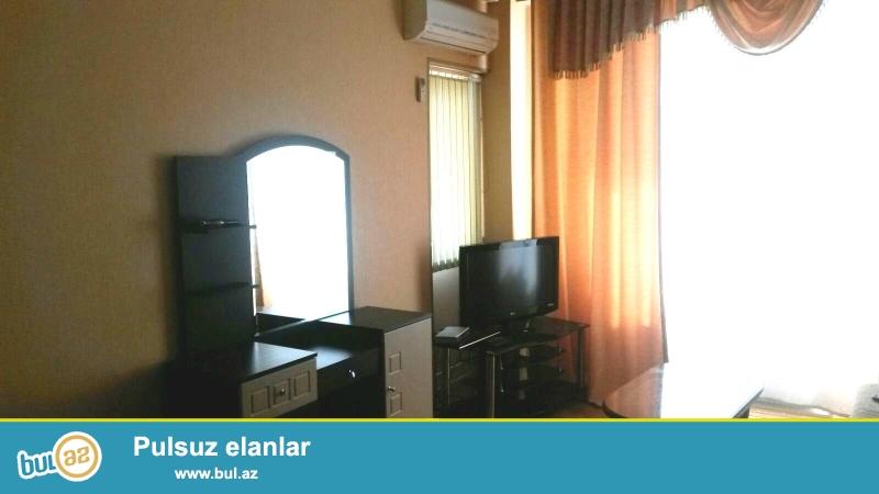 Новостройка! Cдается 1 комнатная квартира в центре города, в Ясамальском  районе, по проспекту Матбуат, рядом с «Baku Mall»...