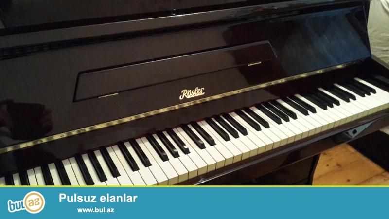 aq ve qehveyi rengli  sovet almaniya ve  cexoslovakiya  pianinlari