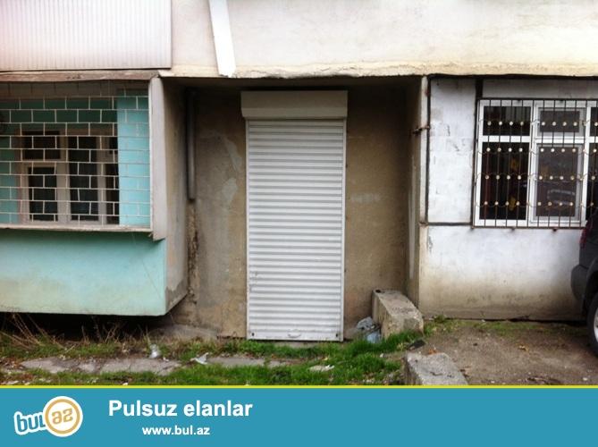 Продается помещение в Наримановском районе, по проспекту Ататюрка, рядом с памятником А...