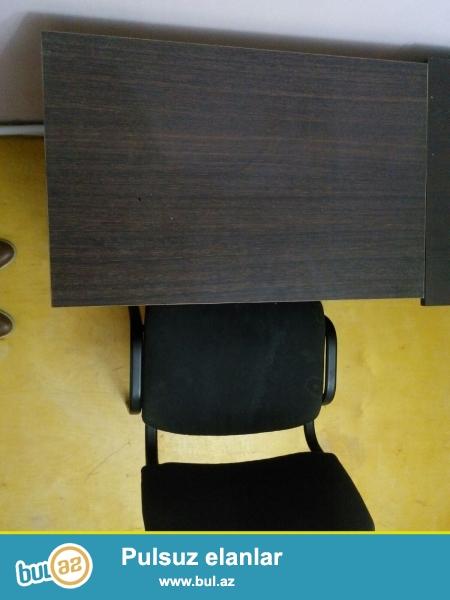 Internet klub ucun 6 eded stol-stul desti satilir.Yaxsi veziyyetdedir