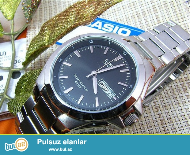 Casio MTP-1228D-1AV (orginal):Kvars mexanizm,paslanmayan polatdan korpus ve qolbaq,cızılmaya davamlı mineral şüşe,5atm(50metr)suya davamlı,ay ve hefte göstericisi...