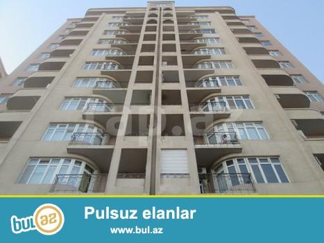 Tecili olaraq Nerimanov metrosunun yaninda kosmosun arxasinda ,16 mertebeli binanin 4 -cu mertebesinde temirsiz 3 otaqli, 130 kv ev satilir...