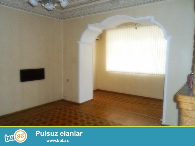 Cдается 3-х комнатная квартира в центре города, в Насиминском районе, по проспекту Азадлыг, рядом с Насиминским рынком 1/3...