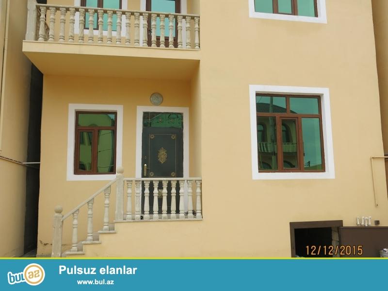 5<br /> Xirdalanda 1.5 sotda 4 otaqli villa  tecili olaraq satilir<br /> Xirdalanda merkezi yoldan 200 metr arali 1...