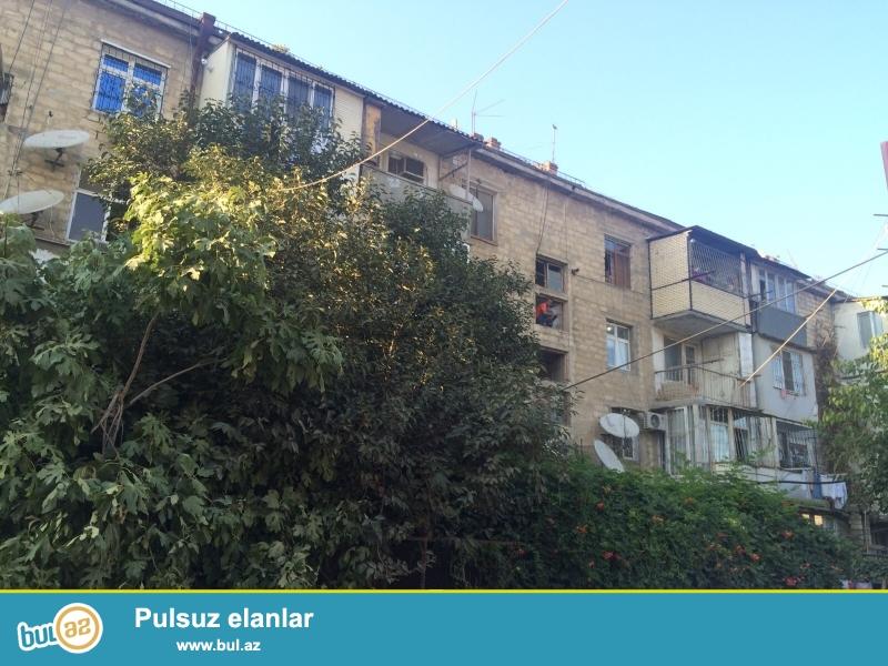 Продается 1 комнатная квартира  в Наримановском районе, не доезжая до Кешлинского рынка, напротив со школой «Модерн»...