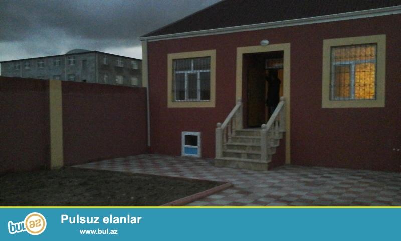 Sabunçu rayonu, Maştağa qəsəbəsində Araz marketin arxasında əsas yoldan 100 m məsafədə 2...