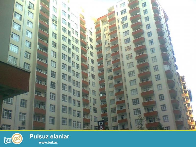 9 мкр, около д/т Лейла, в заселенном комплексе с Газом продается 3-х комнатная квартира, 16/4, общая площадь 115 кв...