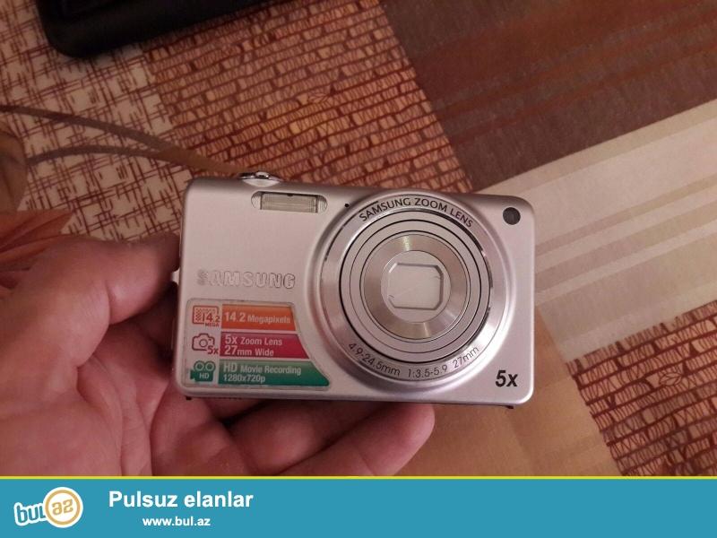 samsung 1 ayindi alinib .ucuz satilir<br /> 14.2 megapixelss<br /> Foto 5x zoom Lens<br /> Video  HD 1280x720p<br />