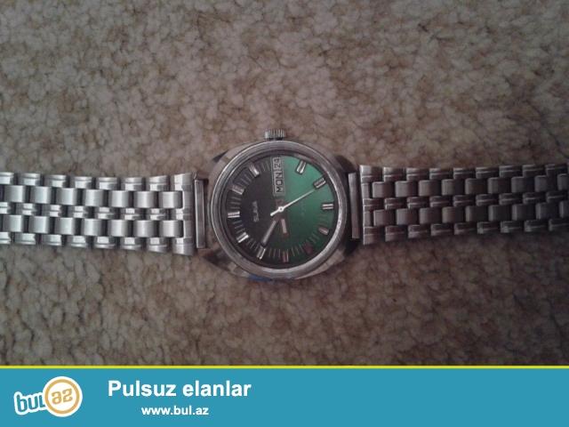 Sovet istehsali olan slava saati saat mexanikdir.almaq isteyenler wpya yazsin