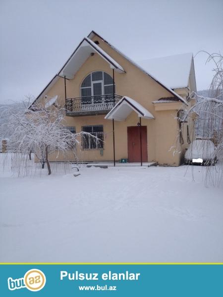 Şahdağ yolnun üstündə Qusarın Xuray kəndində 2 mərtəbəli bağ evi kirayə verilir...