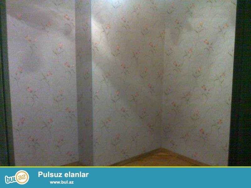 Очень срочно!В 10-ти минутах от метро Иншаатчылар в посёлке Ени Ясамал в полностью заселённой новостройке,продаётся 2-х комнатная квартира с ремонтом 2/12,площадью 90 кв...