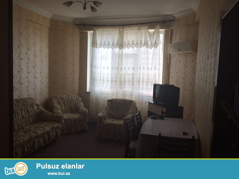 Cдается 2-х комнатная квартира в центре города, Бинагадинском районе, в 9 МКР-е, рядом с домом торжеств «Тарлан»...