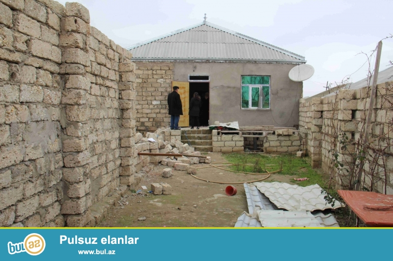 Sabuncu rayonu Savxoz Ramani qesebesinde 3 otagli ev...