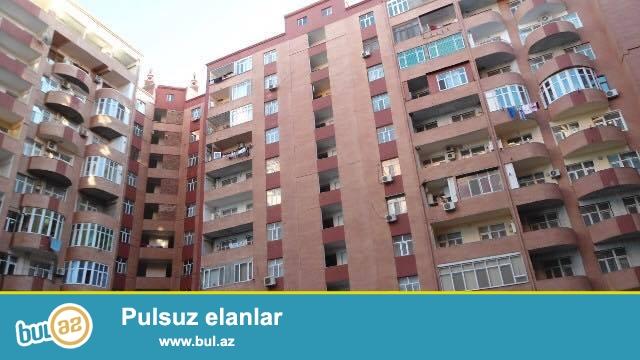 В районе Ени Ясамалы, около Азпетрол, в элитном, полностью заселенном комплексе с Газом продается 3-х комнатная квартира, 18/14, общая площадь 75 кв...