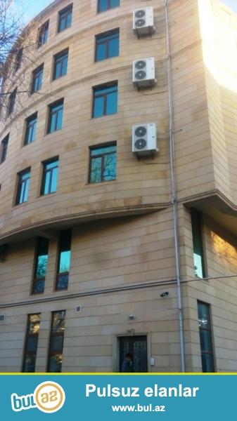 Сдается помещение под офис в Ясамальском районе, рядом с метро Элмляр Академиясы и магазином «Mothercare»...