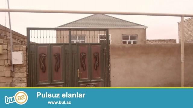 Sabubcu rayonu Savxoz Ramana qəsəbəsində 2 sot torpaq sahəsində,6 daş kürsülü ,ümumi sahəsi 90 kv...