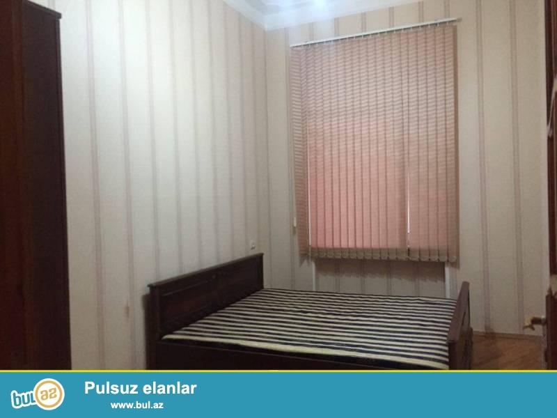 Yasamal rayonu, Hüseyn Cavid pr.,5 mərtəbəli, stalinka layihəli binanın 4-cü mərtəbəsində, 2 otaq, 50 kv...
