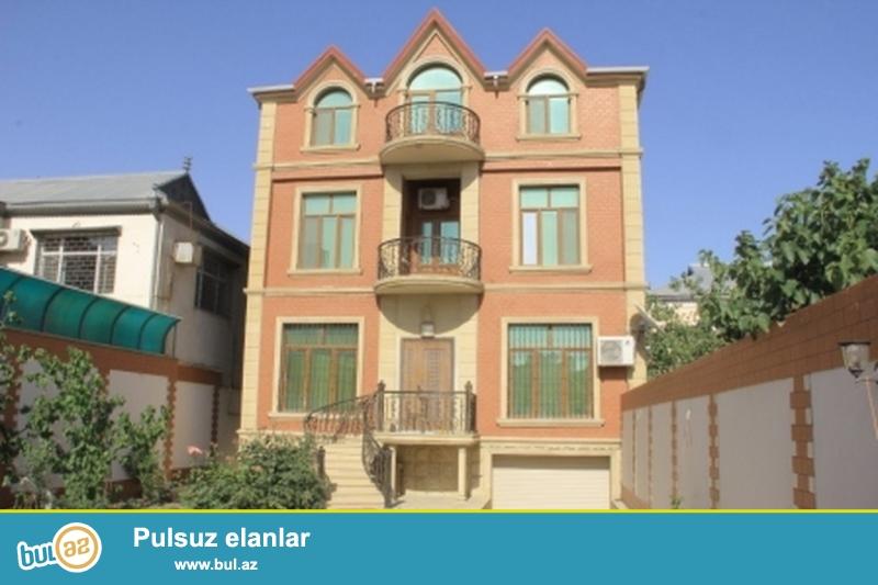 Срочно! В Бадамдаре cдается в аренду на долгий срок 3-х этажная, 8-и комнатная, площадью 658 квадрат, с евро ремонтом вилла...