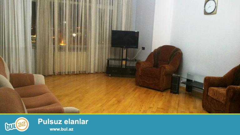 Новостройка! Cдается 2-х комнатная квартира в центре города, в Ясамальском районе, по проспекту Строителей, рядом с «Халг Банк»-ом...