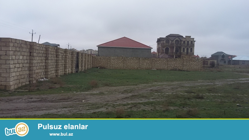 Abşeron rayonu, Masazır qəsəbəsi, Neapol restoranının arxası,yoldan 200 m aralı...
