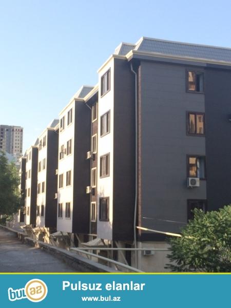 Tecili olaraq Yasamalda Metbuat prospektinde 5-mertebeli xurusovka lahiyyeli das binada 2-otaqli ve artirmali menzil satilir...