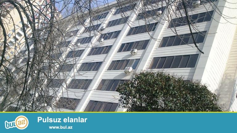 Cдается 2-х комнатная квартира в центре города, в Ясамальском районе, по проспекту Матбуат, рядом с «3 Короной»...