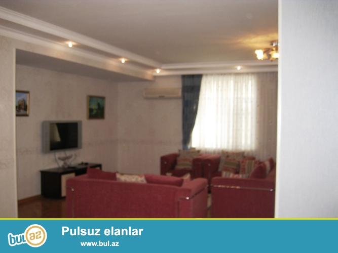 Новостройка! Cдается 3-х комнатная квартира в центре города, в Хатаинском районе, рядом с метро Хатаи...
