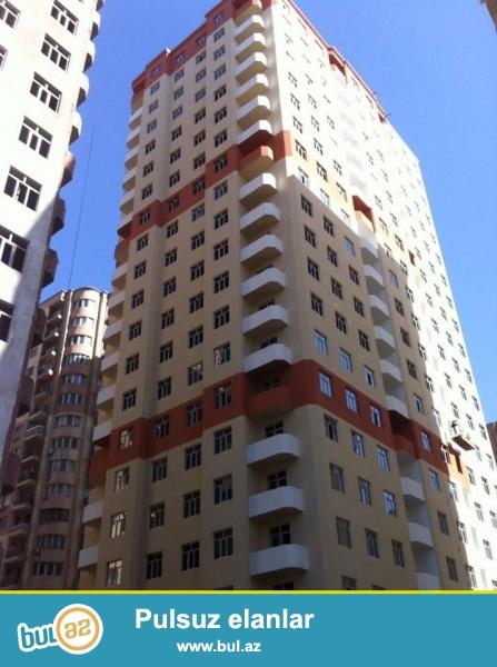 СРОЧНО!!! В районе Ени Ясамал, конечная остановка автобуса №77 , в элитно-жилом комплексе продается 3-х комнатная квартира, 21/14, общая площадь 91кв...