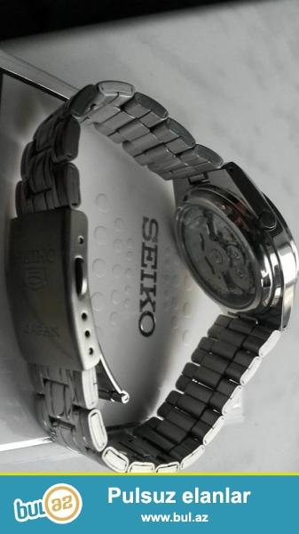 Seiko avtomatik Orginal:Paslanmayan polatdan korpus ve qolbaq,Hard kristal şüşe,fosforlu eqreblerle,ay ve hefte göstericisi,5 atm(50 metr) su keçirmemezliye sahibdi...