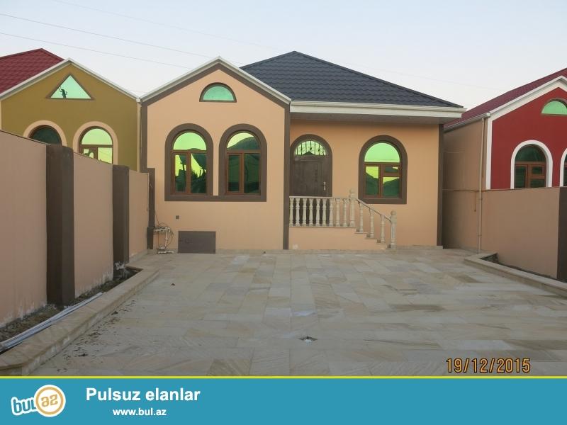 9<br /> Masazirda 4 otaqli heyet evi 2.5 sotda tecili olaraq satilir <br /> Masazirda Cantepe terefde dayanacaqdan 50 metr aralida 2...