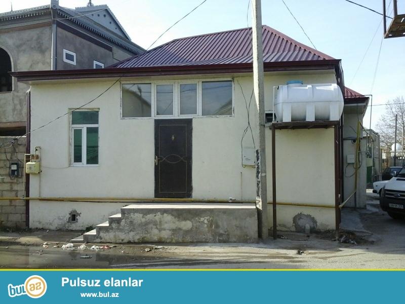 Sabunçu rayonu, Sabunçu qəsəbəsində Emin kafenin arxasında əsas yoldan 100 metr məsafədə 1...